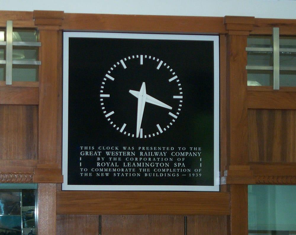 L Spa booking hall clock